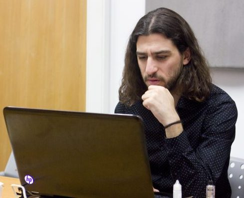 Photo of Diogo Duarte, researcher of Straight-Edge subculture using Arquivo.pt